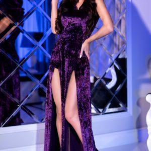 5902019031318 300x300 - Dolga obleka s kapuco  CR4302 violett